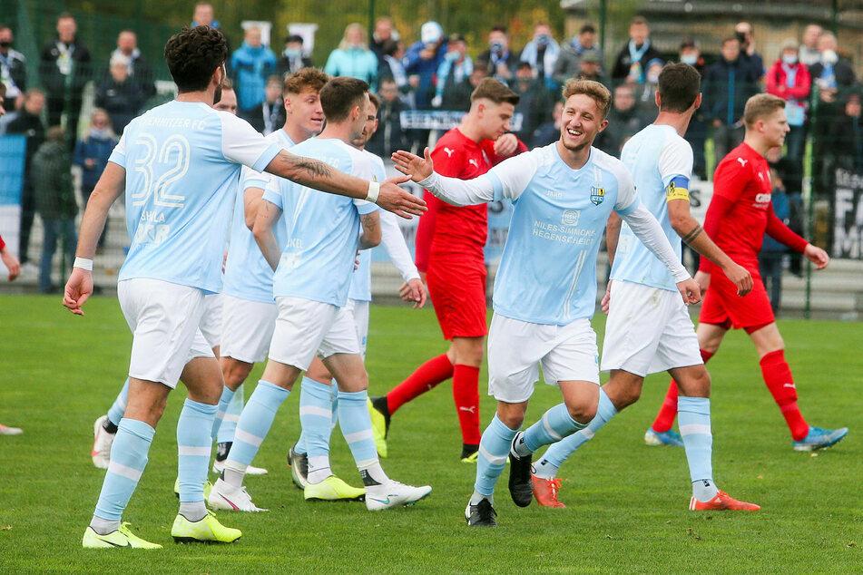 Der Chemnitzer FC, hier beim 5:1-Erfolg in der 3. Runde beim FC Grimma, ist Titelverteidiger und mit elf Titeln Sachsenpokal-Rekordsieger.