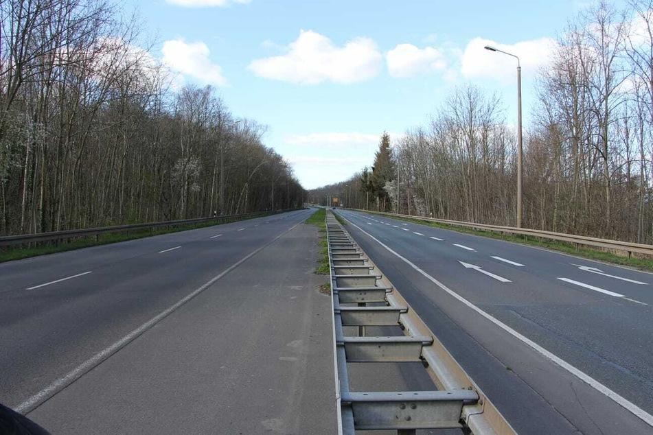 Auf der B2 im Leipziger Süden sieht es auch wie leergefegt aus.