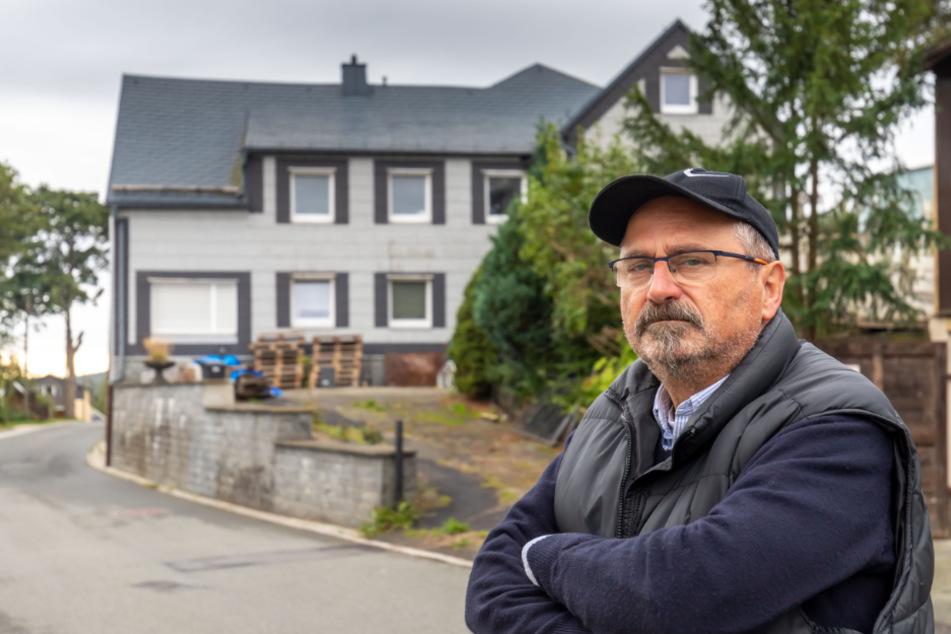 Olaf Schulz befürchtet, dass sein Grundstück an Wert verliert, wenn in der Nachbarschaft ein Sündenpfuhl entsteht.