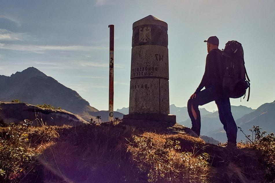 Geschafft! Der Abenteurer hat nach 3442 Kilometern den südlichsten Punkt Deutschlands erreicht.