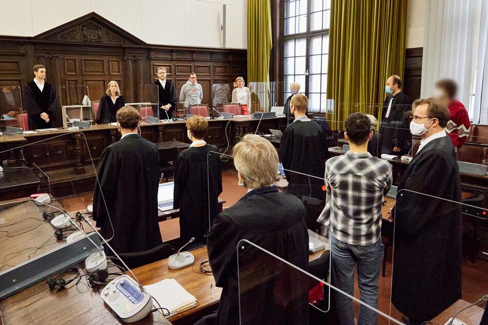 Elbchaussee zerstört: G20-Randalierer zu Haftstrafen verurteilt!
