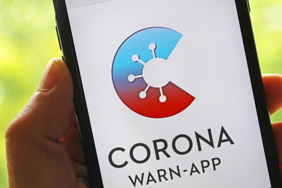 Neues Update: Corona-Warn-App erhält digitalen Impfpass und Check-In-Funktion!