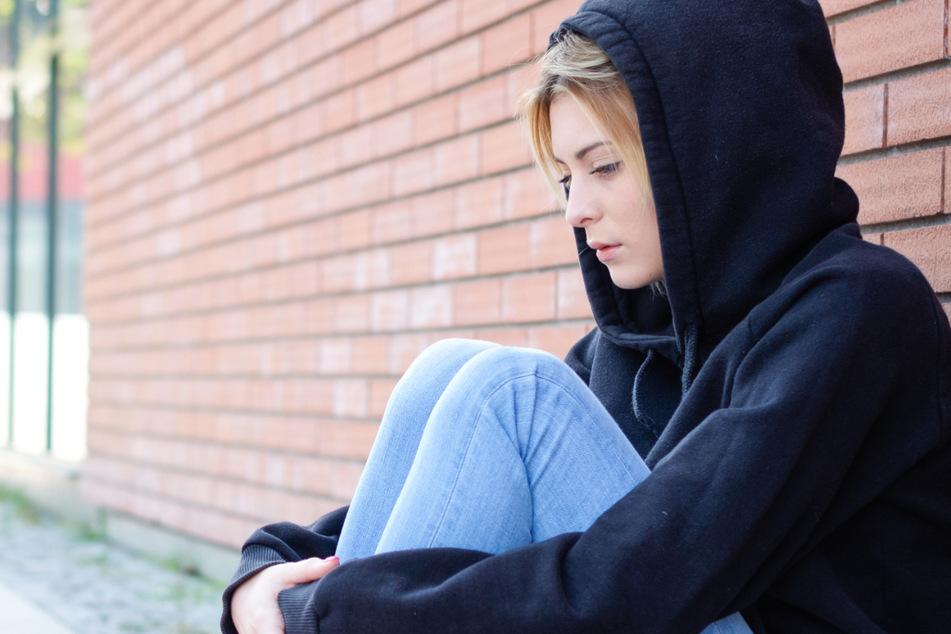Forscher kommen zu dem Schluss, dass die Coronavirus-Pandemie und der daraus resultierende Lockdown viele Jugendliche emotional und psychisch belasten (Symbolbild).