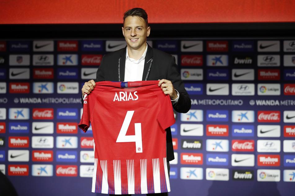 Der kolumbianischen Nationalspielers Santiago Arias (28) hat bei Atlético Madrid noch einen Vertrag bis 2023.