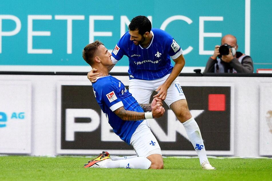 Die Darmstädter Stürmer Philipp Tietz (24, l.) und Luca Pfeiffer (25) bilden das derzeit gefährlichste Angriffs-Duo der 2. Liga.