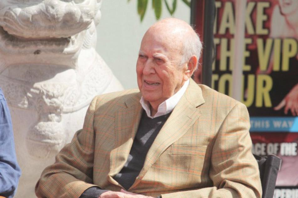 Carl Reiner wurde in New York geboren. Seine letzten Lebensjahre verbrachte er überwiegend in Beverly Hills.