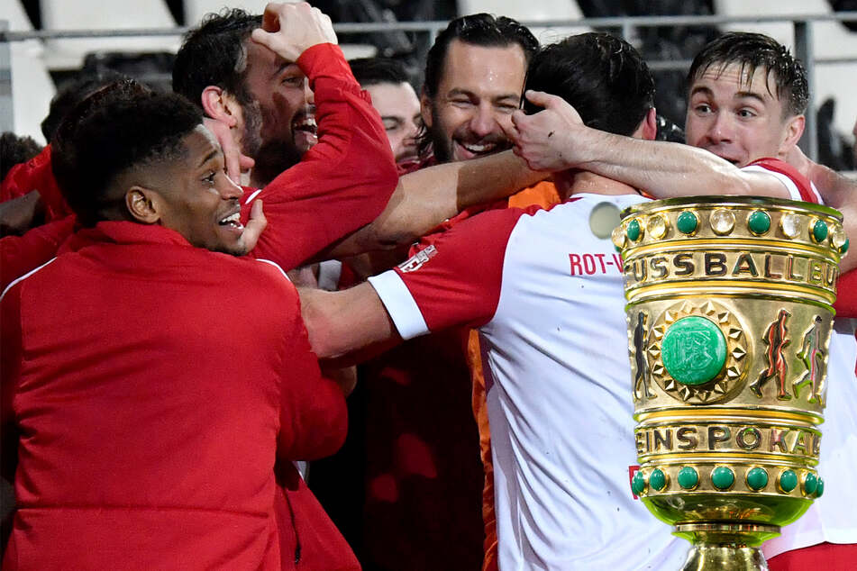 DFB-Pokal: Underdog Essen zieht Bayern-Bezwinger Kiel, Kracher Gladbach-BVB