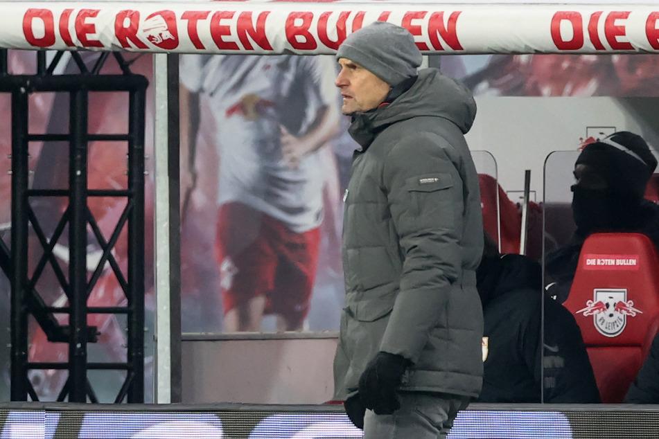 Harmloser Auftritt + ein Ehrentreffer = sechste Niederlage in den letzten sieben Bundesliga-Partien. Augsburgs Trainer Heiko Herrlich wird aber (noch) der Rücken gestärkt.