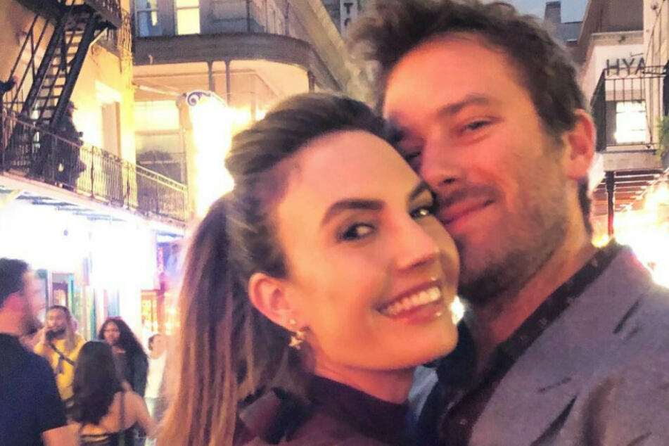 Armie Hammer (r.) has two children with his ex-wife, Elizabeth Chambers (38).