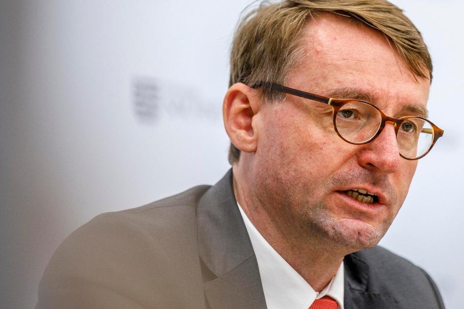 Nach islamistischer Attacke in Dresden: Wöller will Abschiebungen auch nach Syrien