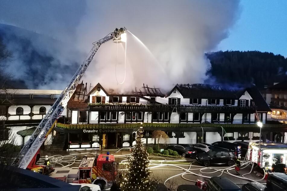 """Nach verheerendem Feuer: Die """"Schwarzwaldstube"""" hat ihre drei Sterne wieder!"""