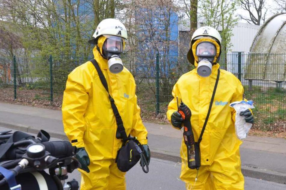 Austritt von Gefahrstoffen: Zwei Arbeiter verletzt