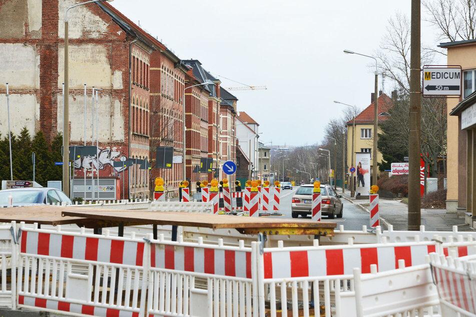 Baustellen sind in Marienthal gerade kein seltener Anblick, wie hier in der Reichenbacher Straße.