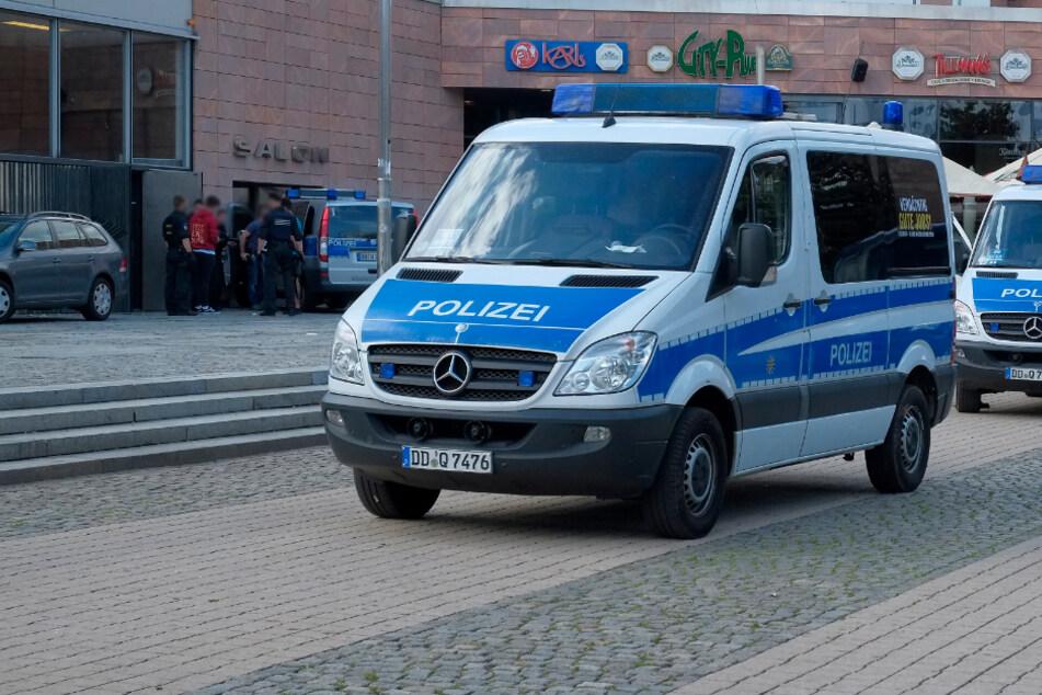 Die Polizei hat am Sonntag einen mutmaßlichen Dealer im Stadthallenpark festgenommen. (Archivbild)