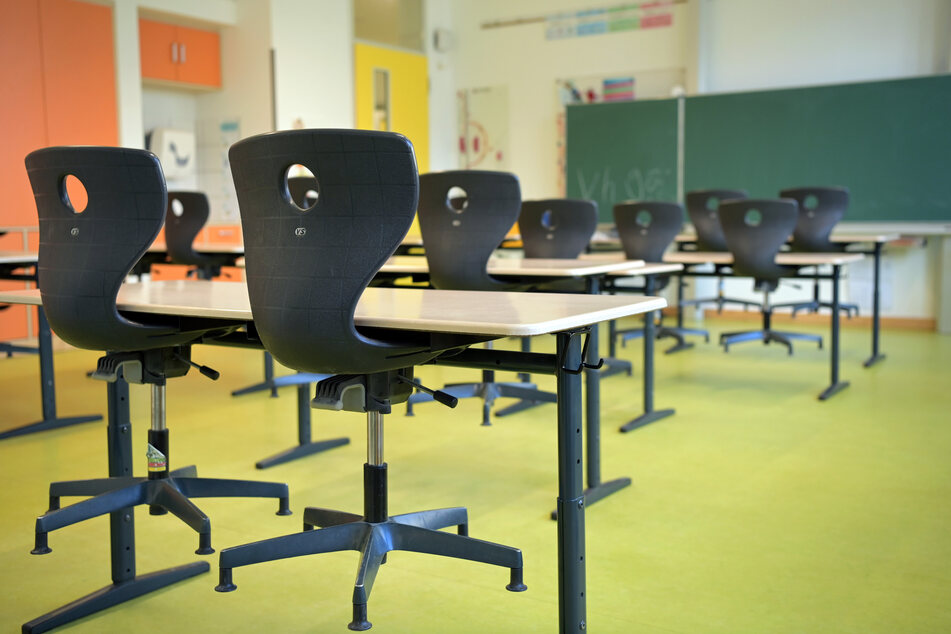 Die Sekundarschule Landsberg schließt bis zu den Sommerferien. Grund sind mehrere Infektionen mit der Delta-Variante. (Symbolbild)