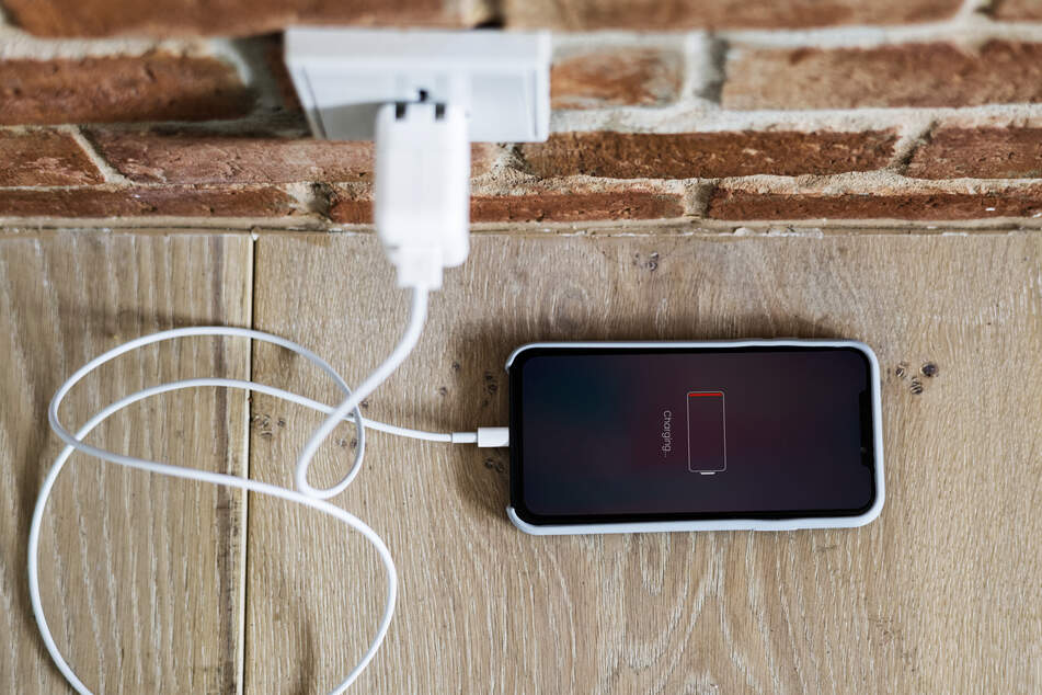 Handys am besten tagsüber und in Sichtweite aufladen!