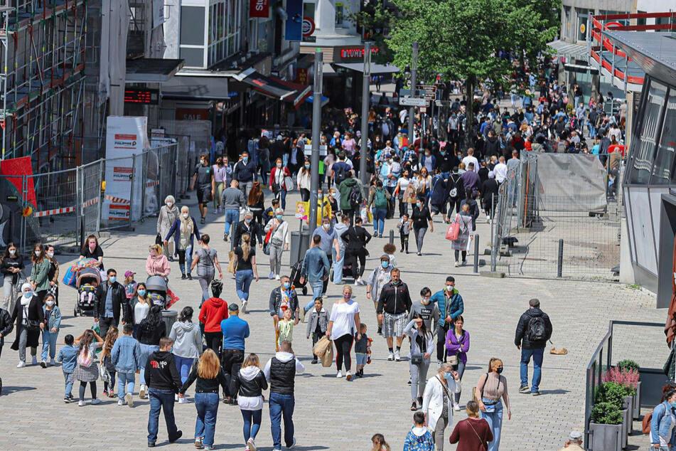 Volle Straßen Wuppertal am Samstag.