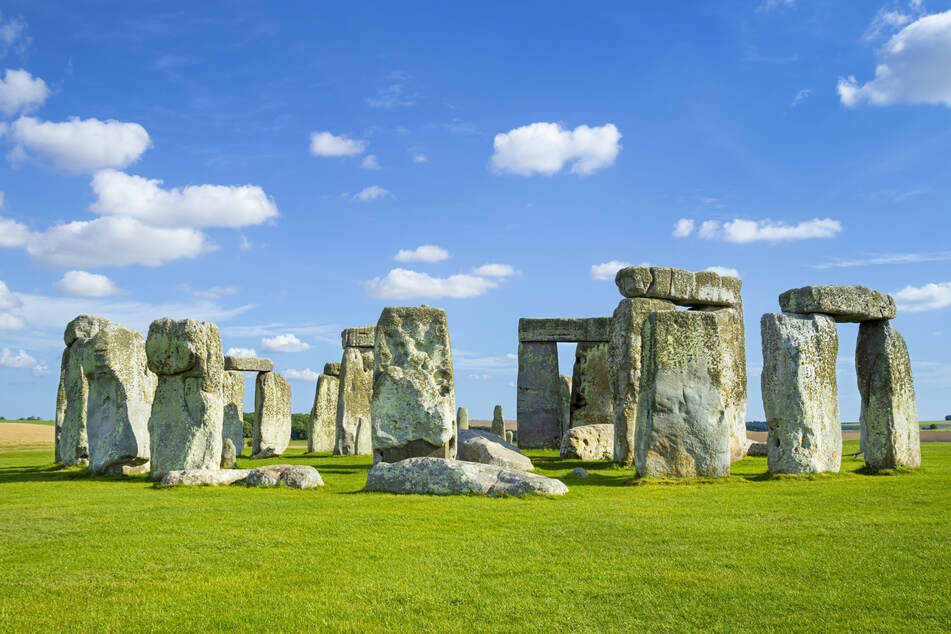Monumental mystery: scientists make astonishing Stonehenge discovery
