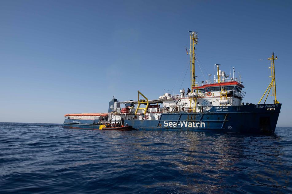 """Die """"Sea-Watch 3"""" ist ein Schiff der Organisation Sea-Watch mit Sitz in Berlin."""