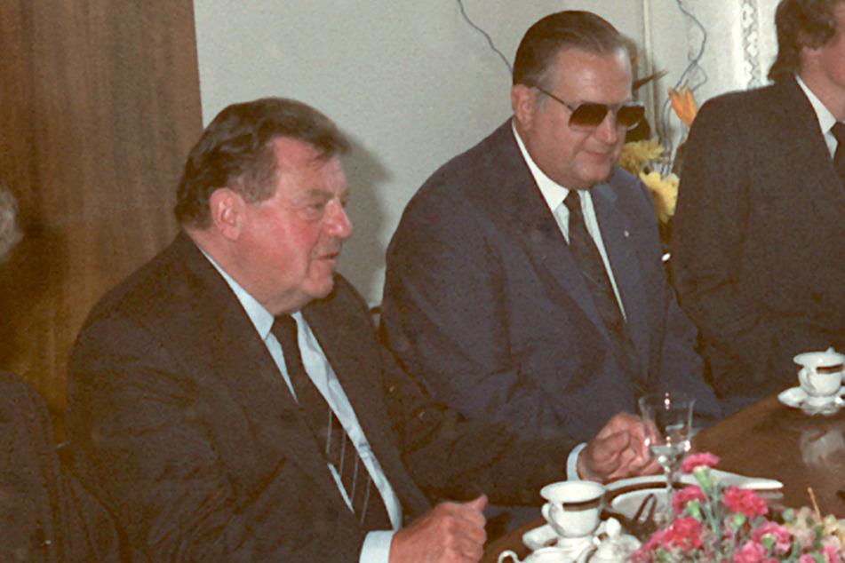 Auch nach dem großen Geschäft mit Bayerns Ministerpräsident Franz Josef Strauß (†73) traf man sich noch regelmäßig auf den Messen in Leipzig, hier 1985.