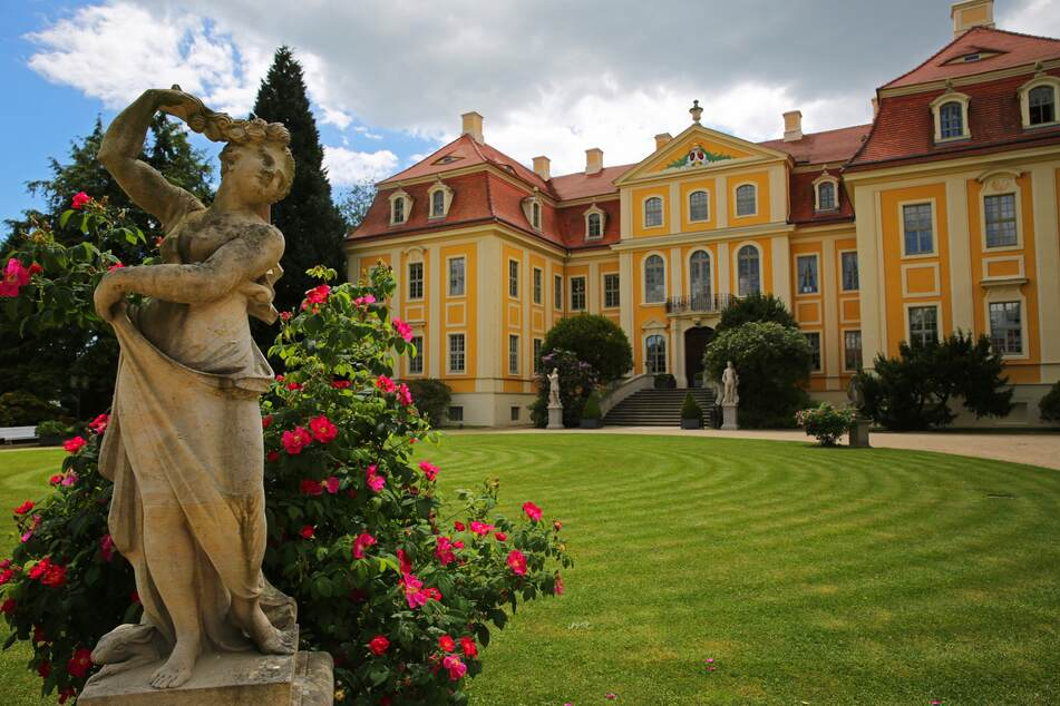 Zum Frühstück im Schlosspark vom Barockschloss Rammenau.