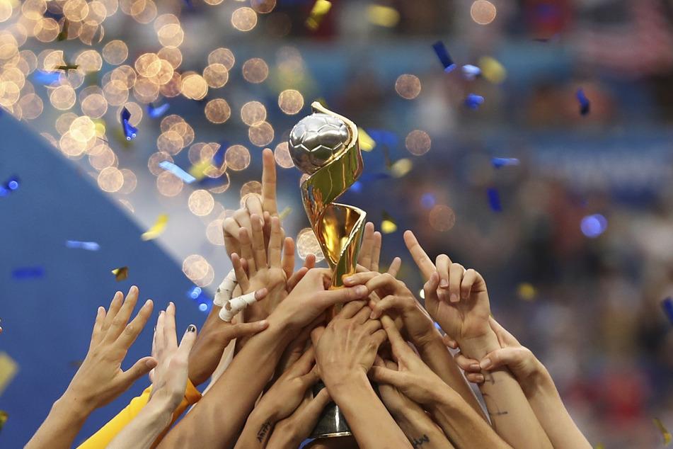 Deutschland bewirbt sich als Co-Gastgeber der Frauen-Fußball-WM 2027.