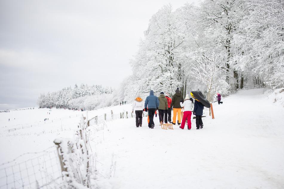 Mehrere Ausflügler haben mit ihrer Fahrt in den Schnee gegen die 15-Kilometer-Regelung verstoßen.