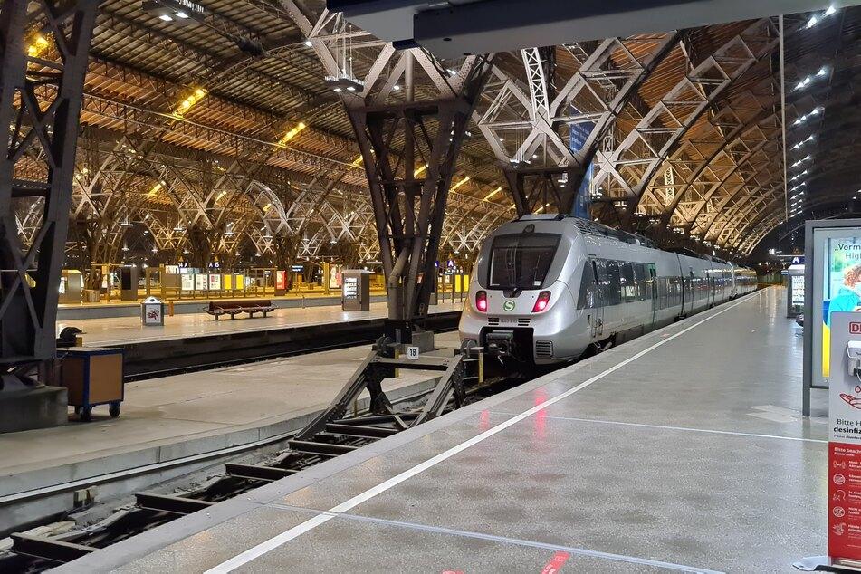 Ein leerer Hauptbahnhof in Leipzig: Im Regional- und S-Bahnverkehr muss besonders im Osten Deutschlands mit Einschränkungen gerechnet werden.