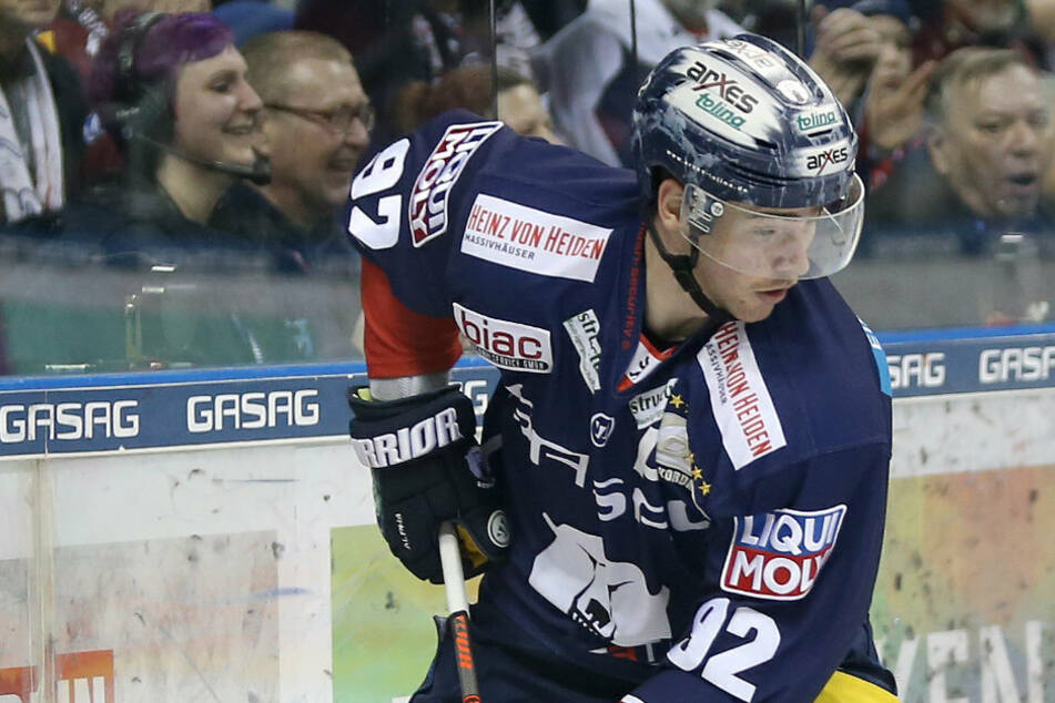 """Eishockey-Nationalspieler Marcel Noebels spricht Corona-Klartext: """"Alltag wird es nie mehr geben!"""""""