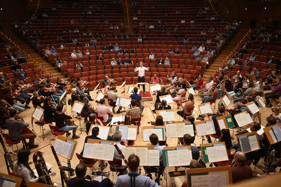 In der Kölner Philharmonie gab es am Dienstagabend ein Konzert ohne Zuschauer (Archivbild).
