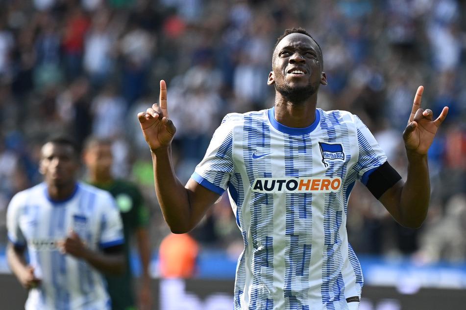 Dodi Lukebakio (23) wird in dieser Saison leihweise für den VfL Wolfsburg auflaufen. Er verlässt Hertha mit sofortiger Wirkung.
