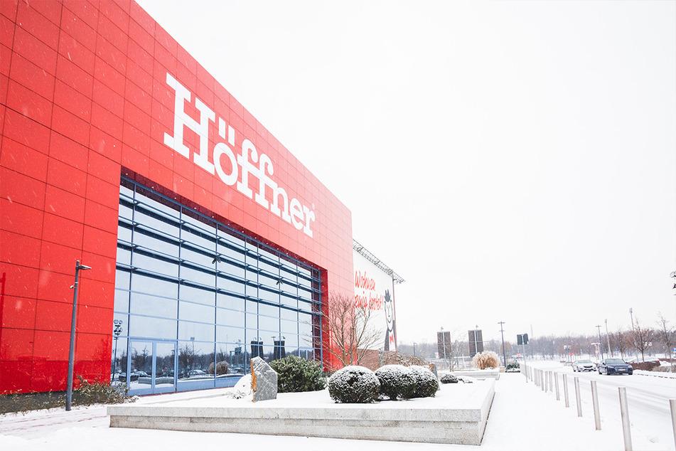Deutscher Möbelriese verkauft trotz Lockdown weiter und gibt mega Rabatt