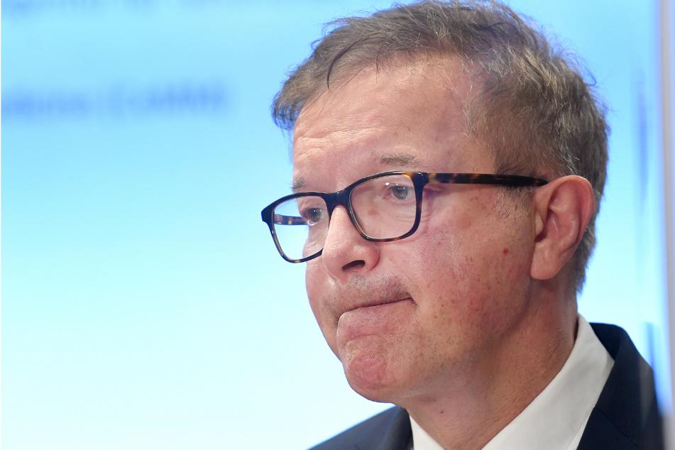 Der österreichische Gesundheitsminister (60, Grüne) Rudolf Anschober tritt zurück.