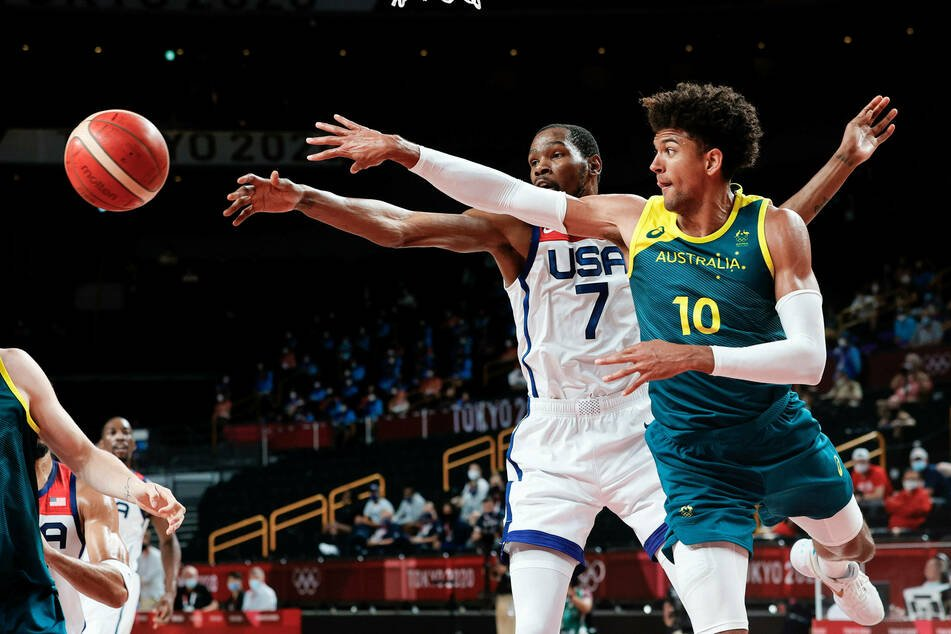 Olympics: United States rally to thrash Australia after men's basketball scare