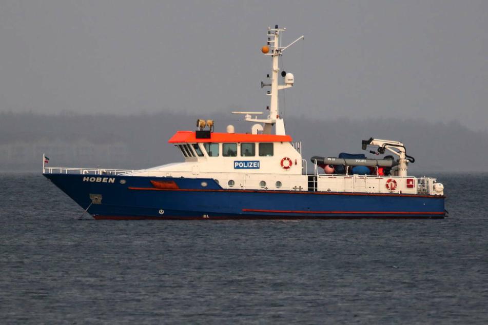Die Wasserschutzpolizei ist auf der Suche nach einem 35-jährigen Badegast, der seit Sonntagabend vor Fischland-Darß-Zingst in der Ostsee vermisst wird. (Symbolfoto)