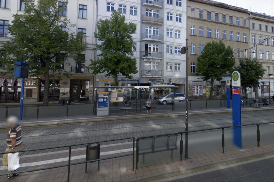 Die Haltestelle Südplatz in Leipzig. Hier verliert sich Yolandas Spur.