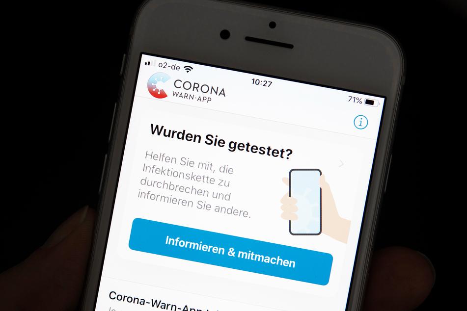 Die Corona-App könnte in Zukunft mit zusätzlichen Funktionen ausgestattet werden.