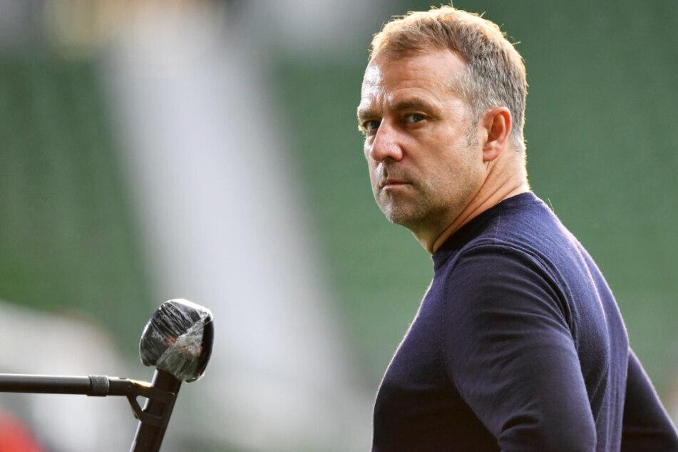 Bayern-Coach Hansi Flick hat kein Verständnis für die Demonstrationen gegen die Corona-Maßnahmen. (Archiv)