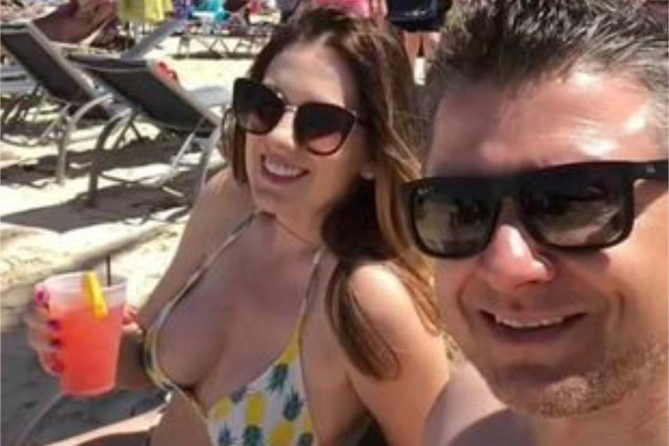 Verstecktes Signal: Pärchen gibt sich im Urlaub aus Versehen als Swinger aus