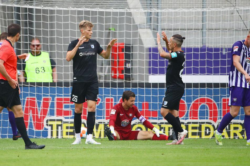 Allein dem starken Torwart Martin Männel (33) war es zu verdanken, dass es nur zwei Magdeburg-Treffer gab.