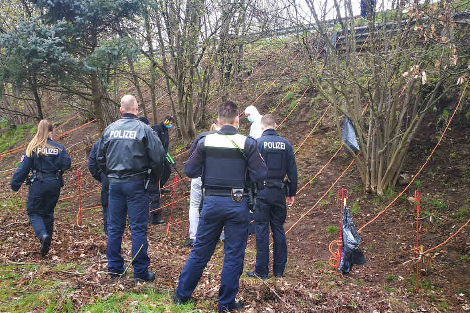 Ermittler fanden nahe der A7 wichtige Spuren in einem Mordfall.