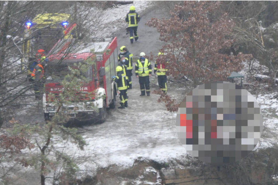 Einsatzkräfte bargen die Leiche aus dem Westbruch.