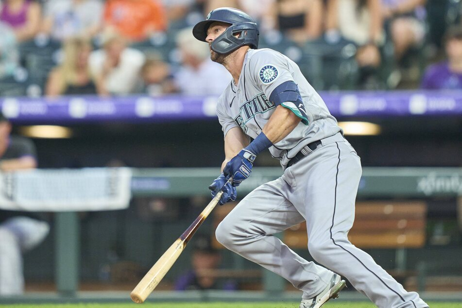 Seattle right fielder Mitch Haniger hit a three-run homer to help the Mariners hold off the Red Sox on Monday night.