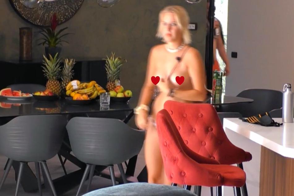 Pornodarstellerin Nina König (22) hat jobbedingt kein Problem mit Nacktheit. Erst recht nicht vor Kameras.