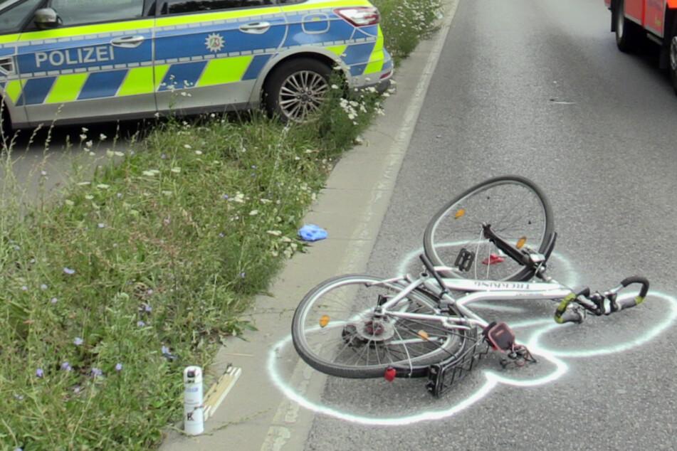 Schlimmer Unfall zwischen Radler und Auto in Langenfeld endet für Mann tödlich