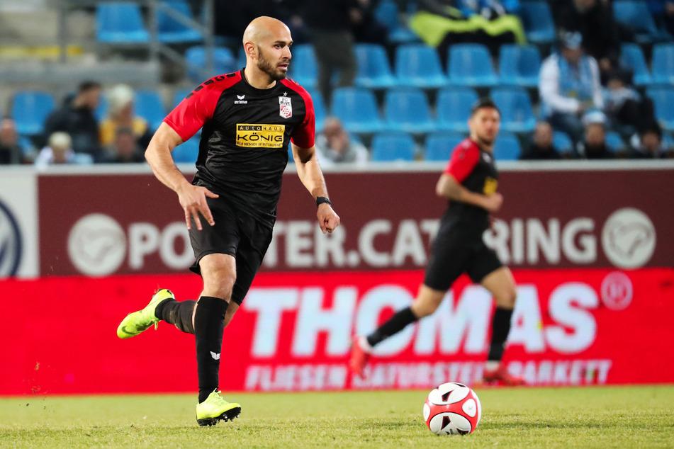 Velimir Jovanovic (33) hat in seiner langen Karriere viel erlebt. Er kam achtmal in der 2. Bundesliga zum Einsatz (ein Tor), 13-mal in der 3. Liga (ein Treffer, zwei Assists) und stolze 165-mal in der Regionalliga (66 Tore, 23 Vorlagen).