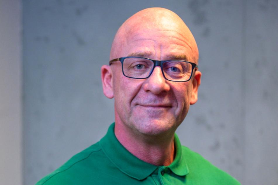 Die Langzeit-Baustelle auf der Straße der Nationen hat Heilpraktiker Ingo Lauterlein (51) zum Umzug getrieben.