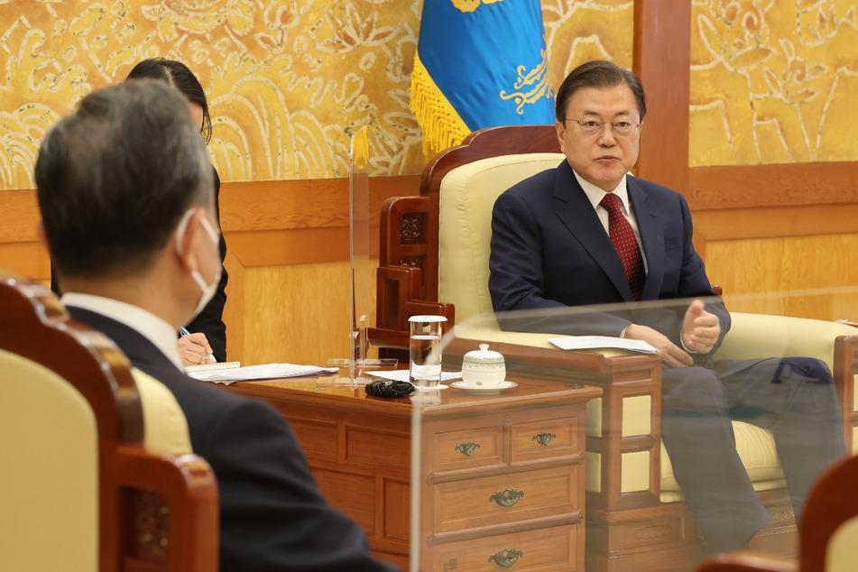 Südkoreas Präsident Moon Jae In (68) verkündete den erfolgreichen U-Boot-Raketentest.