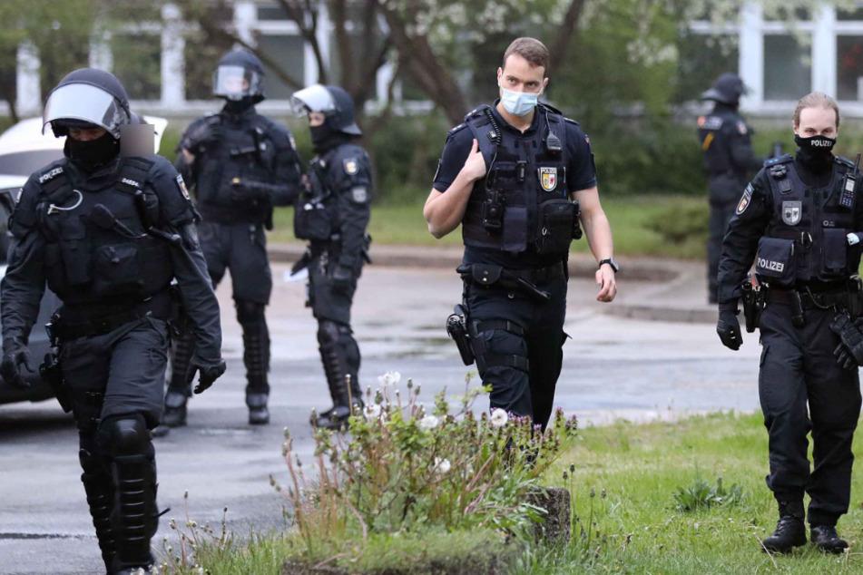 Die Polizei rückte mit einem Großaufgebot an.