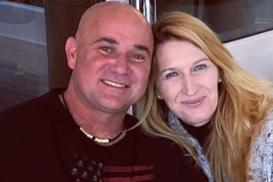 Reports reveal Steffi Graf and Andre Agassi are in a ruff feud with neighbors